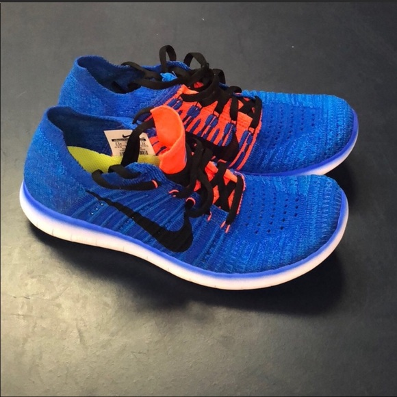Women s Nike Flyknit 7 or 5.5 Y Youth Shoes a9b69a02cf